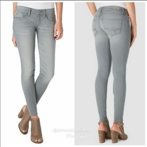 Denizen from Levi's low rise grey Jegging size 2